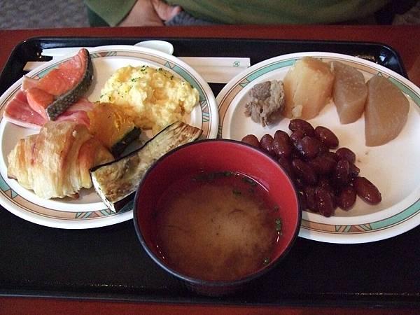 2008-10-24-347第三天早餐.jpg