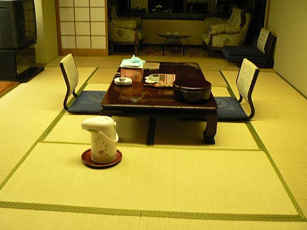 2008-10-24-446第三天飯店.jpg