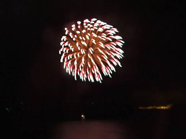 2008-10-24-455洞爺湖煙火節.jpg