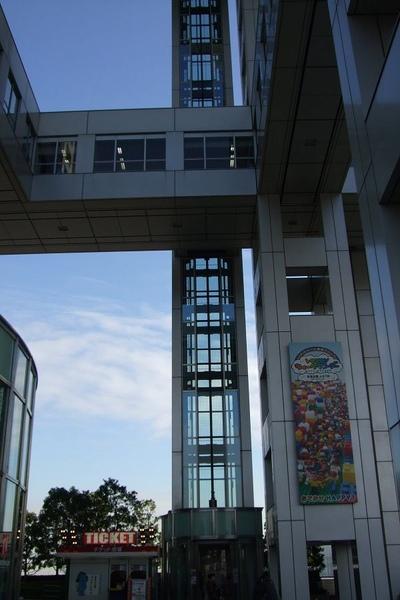 213Day2台場富士電視台前往7F.jpg