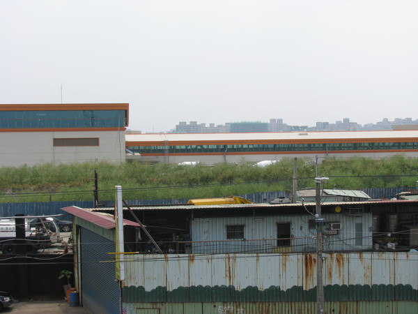 從河堤上看蘆洲機廠
