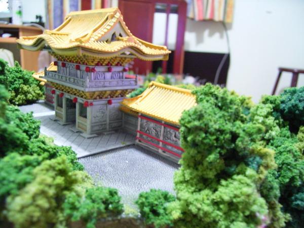 廟宇和山景 004.jpg