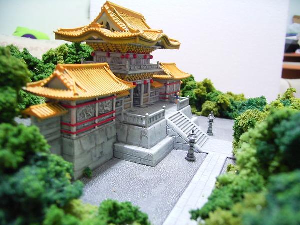 廟宇和山景 005.jpg