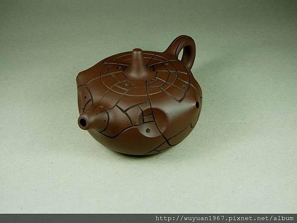 吳鳴 石陶壺 (2)