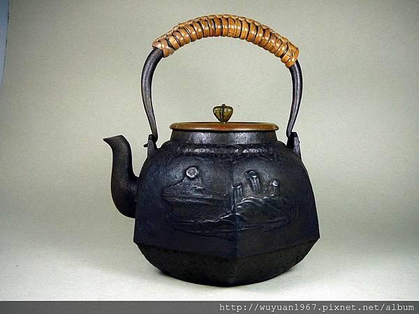 龍文堂六角鐵壺 (1)