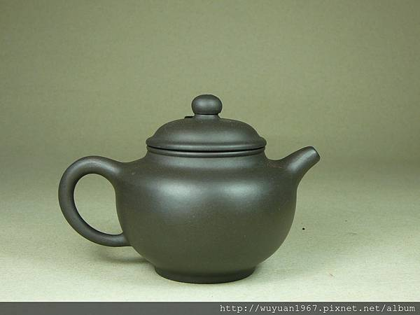 王玉芬 黑 掇球 (3)