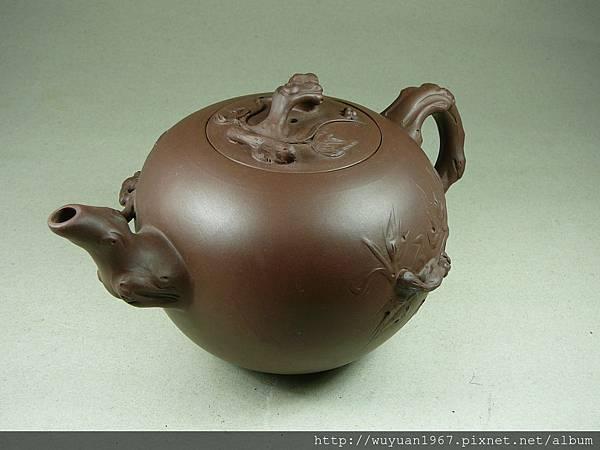 中國 蜂巢 大松鼠 (2)