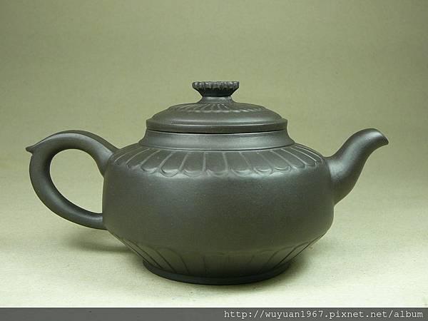 王玉英 黑泥 菊苑 (3)