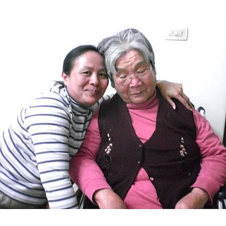 安妮與媽媽1.jpg