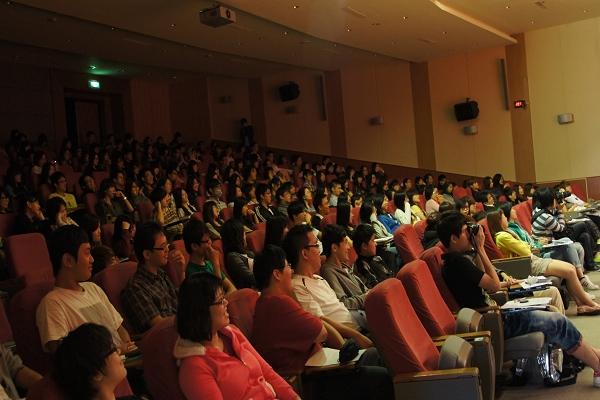 2011-10-19  開南大學 (2).JPG