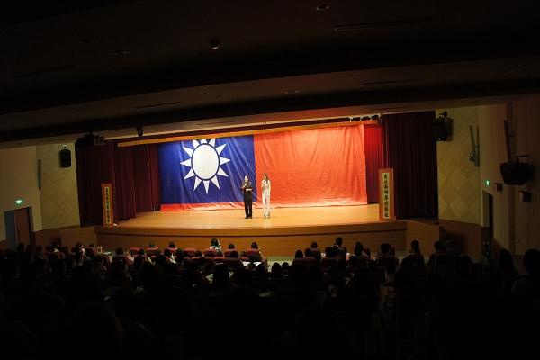 2011-10-19  開南大學.JPG