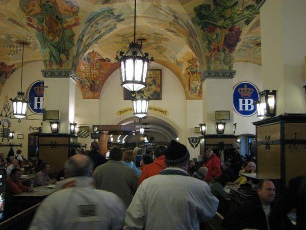 HB啤酒館