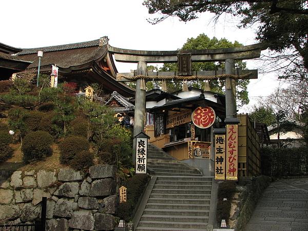 清水寺(地主神社)