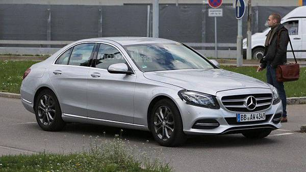 Mecedes Benz C-lass Facelift-1