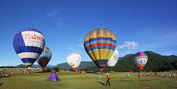 鹿野熱氣球寬景
