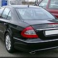 Mercedes_W211_rear_20080127.jpg