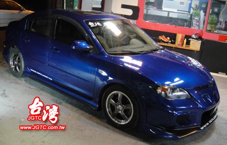 Mazda 3-1.jpg