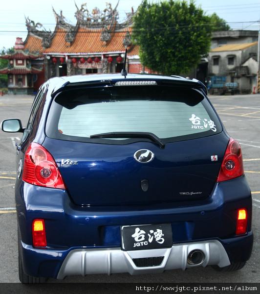 車尾(800x1200).jpg