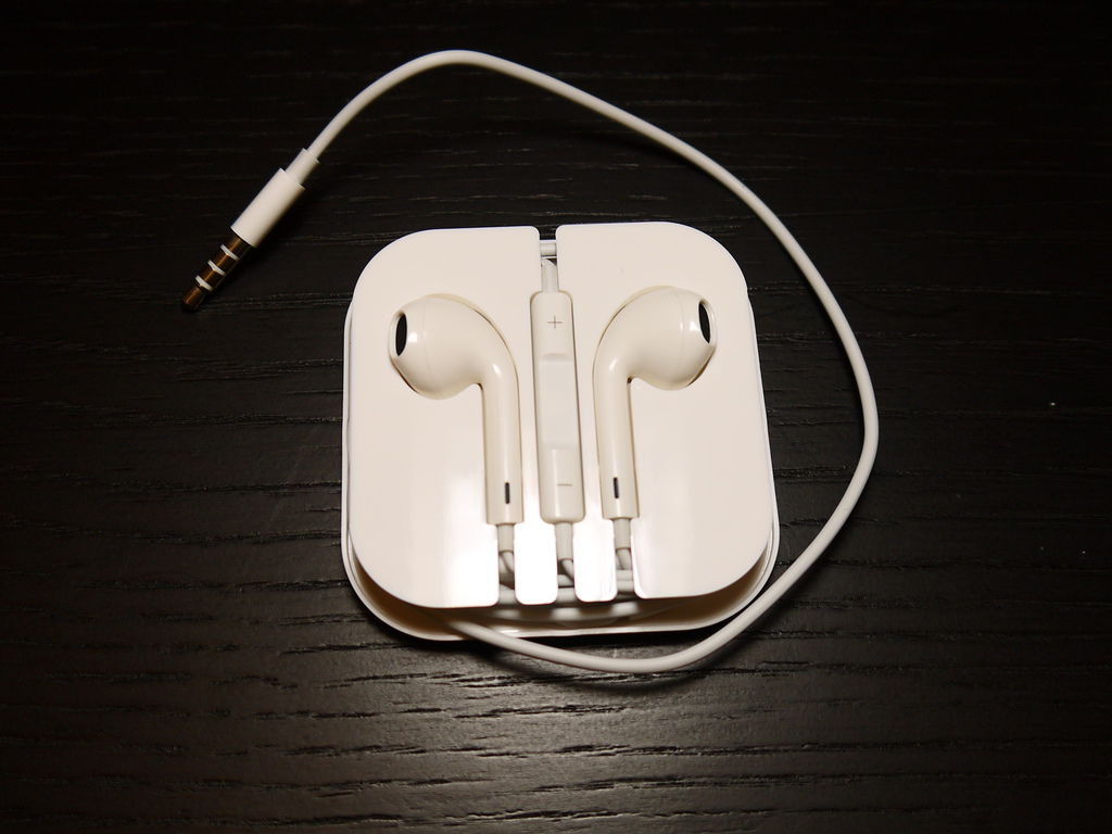 Apple iPhone 5 副廠EarPods 耳機