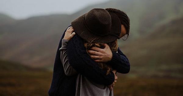 情侶-擁抱3-1