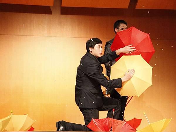 2014-05-01龍華科技大學魔術社「福爾魔斯」魔幻之夜魔術表演5