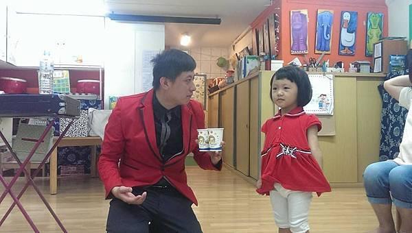 2014-0619快樂靜思園「靚靚妹妹」生日慶魔術表演+氣球17