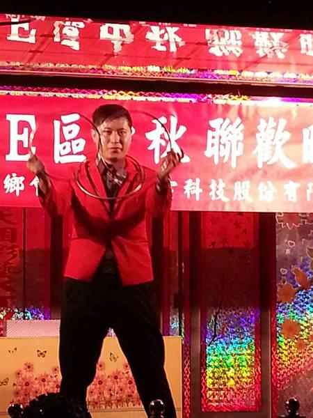 【表演實錄】2014年桃園真愛社區中秋節大會烤晚會-魔術+氣球表演7