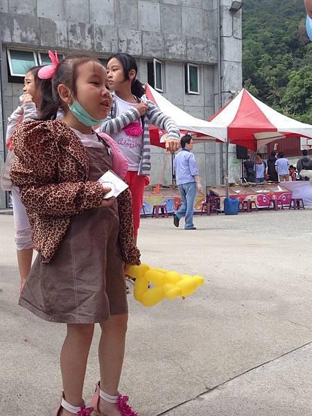 2014-10-04宏益玻璃家庭日-小丑氣球+活動工讀1