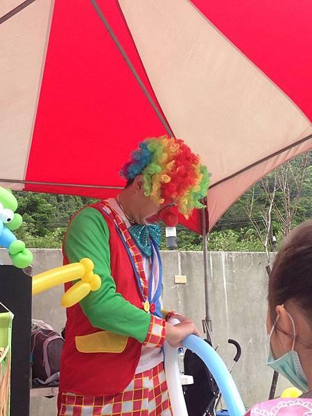 2014-10-04宏益玻璃家庭日-小丑氣球+活動工讀11