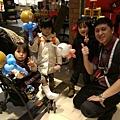 2014-12-13~12-14松山火車站街頭氣球14.jpg