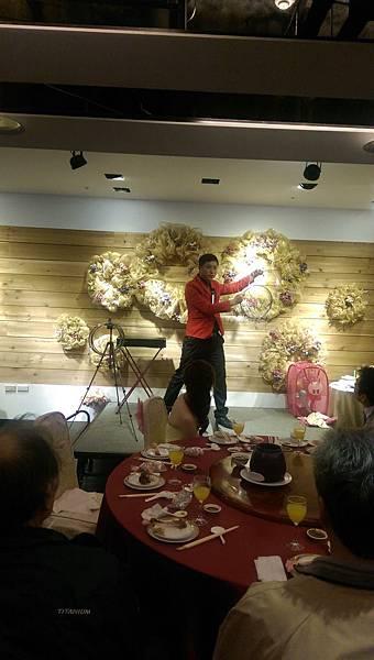2015-01-17國中好同學文定之喜-喜宴魔術表演6