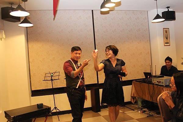 2014-11-22安麗DD之夜-魔術表演37.jpg