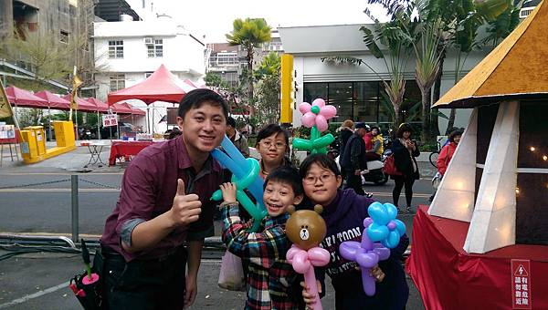 2015-03月份台灣燈會-豐原區街頭氣球表演-05.jpg