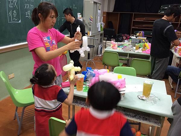 2015慧燈高中氣球研習28.JPG