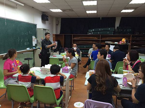 2015慧燈高中氣球研習7.JPG