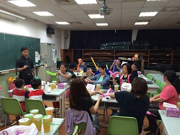 2015慧燈高中氣球研習15.JPG