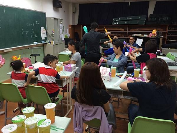 2015慧燈高中氣球研習17.JPG