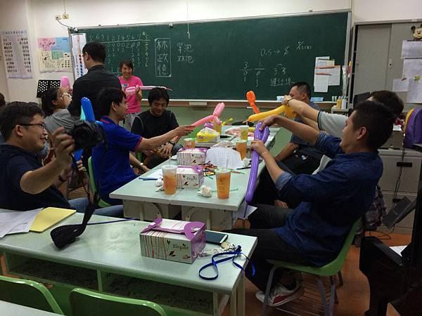 2015慧燈高中氣球研習22.JPG