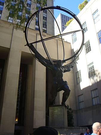 位於洛克菲勒中心的雕像