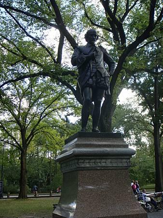 文學大道的莎士比亞雕像