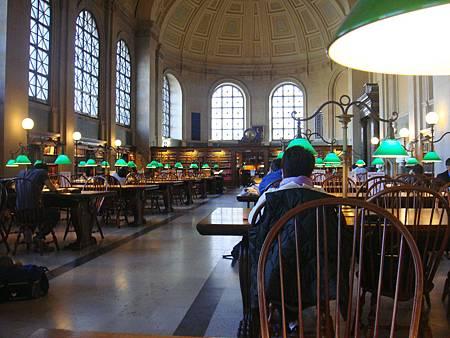 波士頓公立圖書館