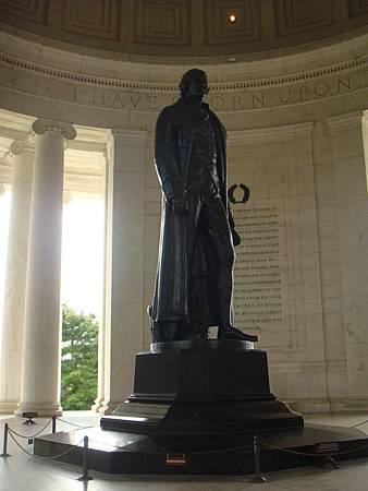 傑佛森銅像