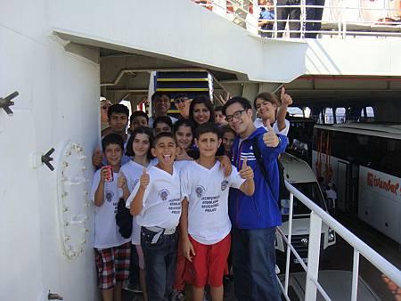 一群可愛的土耳其孩子