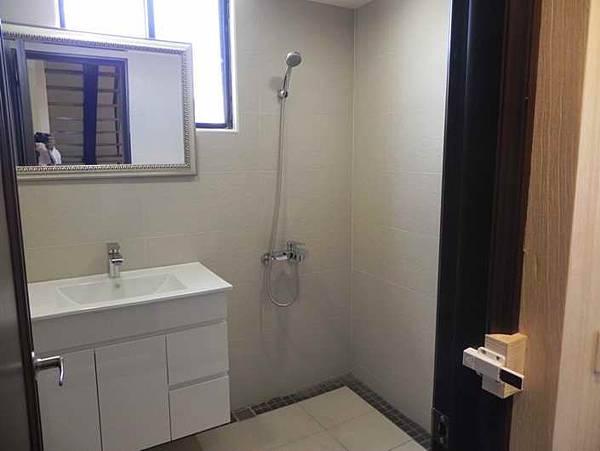 9樓浴室2