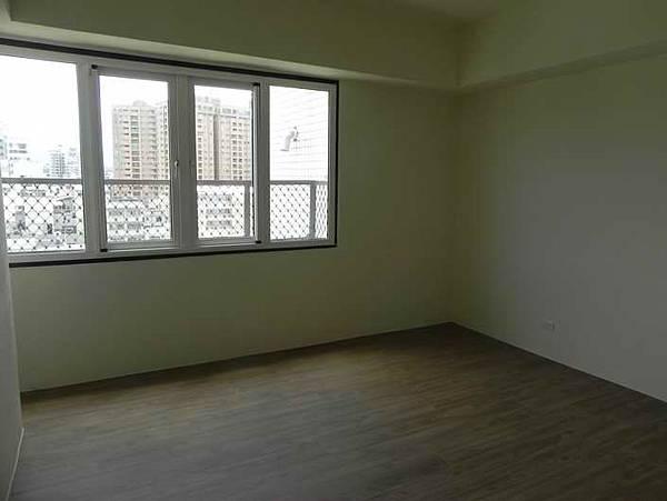 10樓臥室2