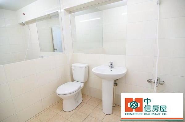 衛浴 (2)