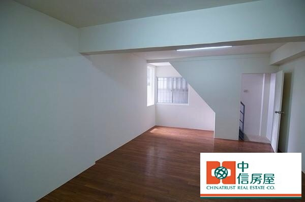 ◆小熊House:(售售售) ☆黎明商圈金樓店★(南屯區)