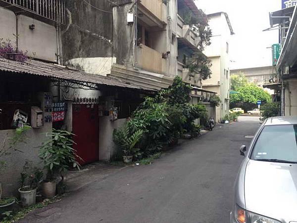 ◆小熊House【售售售】☆台中女中稀有一樓公寓★(西區)