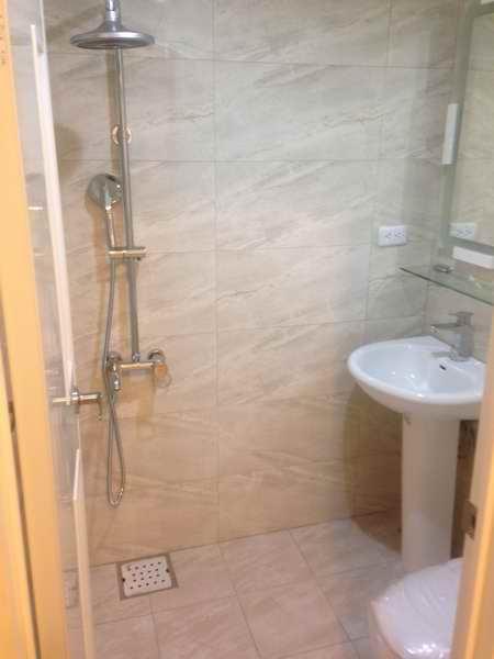 (4)主臥衛浴