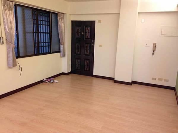 ◆小熊House【售售售】☆漢口商圈溫馨2+1房★(西屯區)
